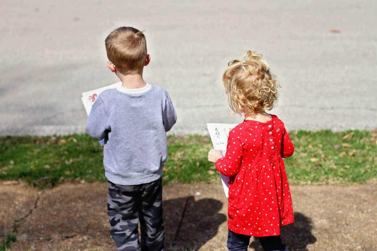 Neighborhood Scavenger Hunt for preschoolers