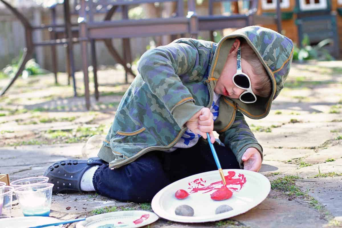 painting rocks for kids