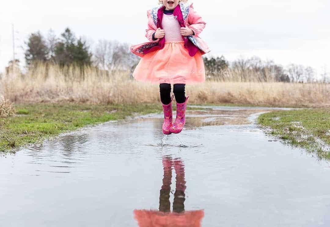 Critical Hit Shower Slippers Beach Sandals for Little Kids Boys Girls Indoor Outdoor