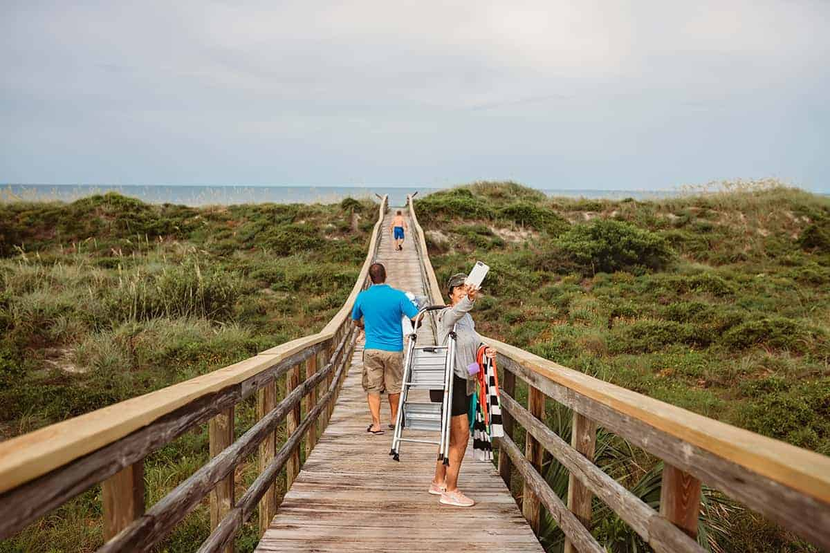 what to pack for a beach trip with kids - beach packing tips