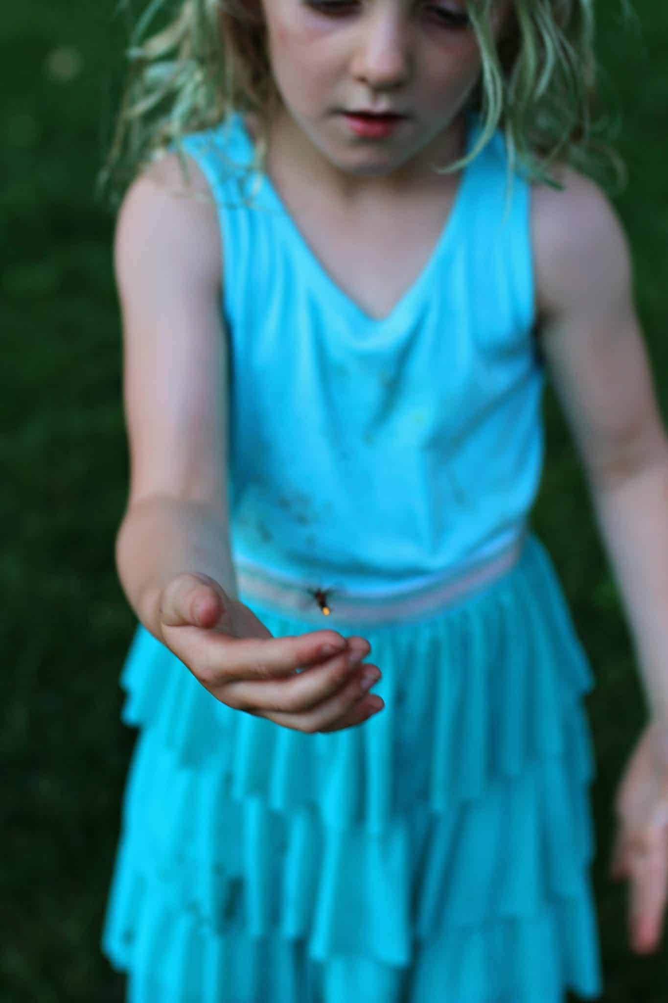catching fireflies in the summer with kids